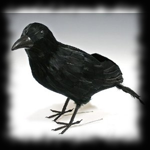 Large Raven Black Crow Haunted House Decoration Idea